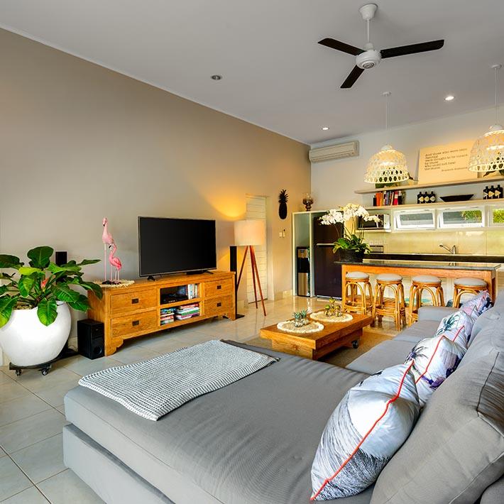 Villa Bloom Seminyak Luxury 2 3 4 Bedroom Villa Complex In Seminyak Bali